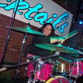 Profile_34466_pi_drumming3