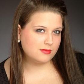 Profile_44822_pi_Anna-Parsons%20Charles%20Headshot%202013