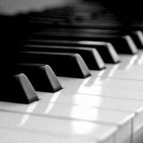 Profile_44880_pi_Piano-Keyboard