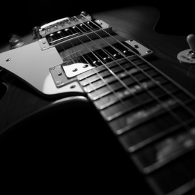 Profile_46957_pi_Guitar-HD-Wallpaper-37