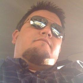 Profile_48662_pi_4547_1170461258768_6075465_n