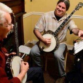 Profile_50224_pi_grayson-banjo-3-300x400